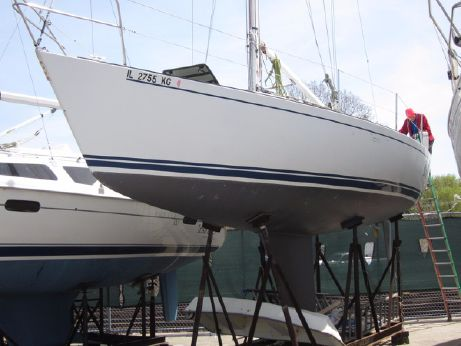 1984 J Boats J/35
