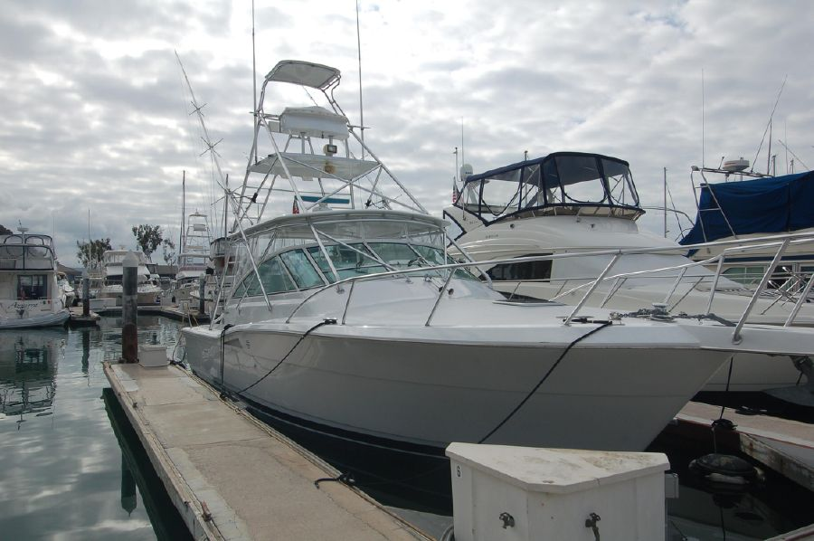 photo of 39' Hatteras Express Sportfish