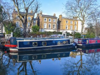 thumbnail photo 0: 2017 Narrowboat 40ft with London mooring