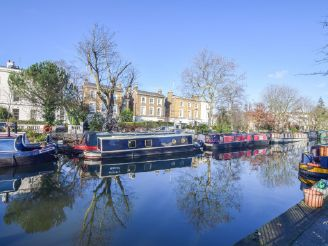 thumbnail photo 1: 2017 Narrowboat 40ft with London mooring