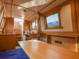 thumbnail photo 2: 2017 Narrowboat 40ft with London mooring