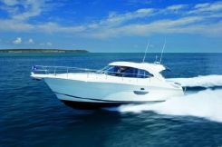 2015 Riviera Sport Yacht with IPS