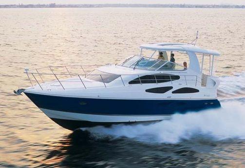 2006 Cruisers Yachts 455 Express Motoryacht
