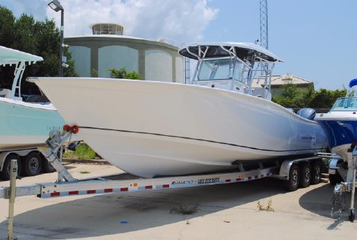 2018 Cape Horn 31T Tournament Center Console