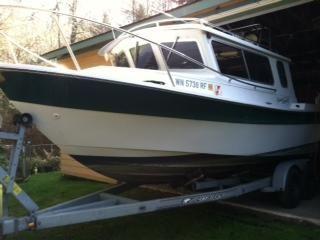 1996 Sea Sport Explorer 2400