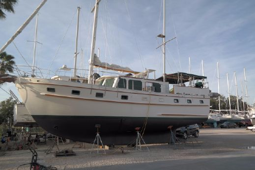 1982 Island Trader Motorsailer 46