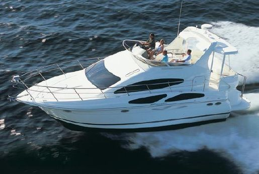 2008 Cruisers Yachts 395 Motoryacht