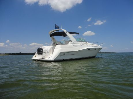 1996 Cruisers Yachts 3775 Esprit
