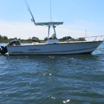 2002 Key Largo 2306 Center Console