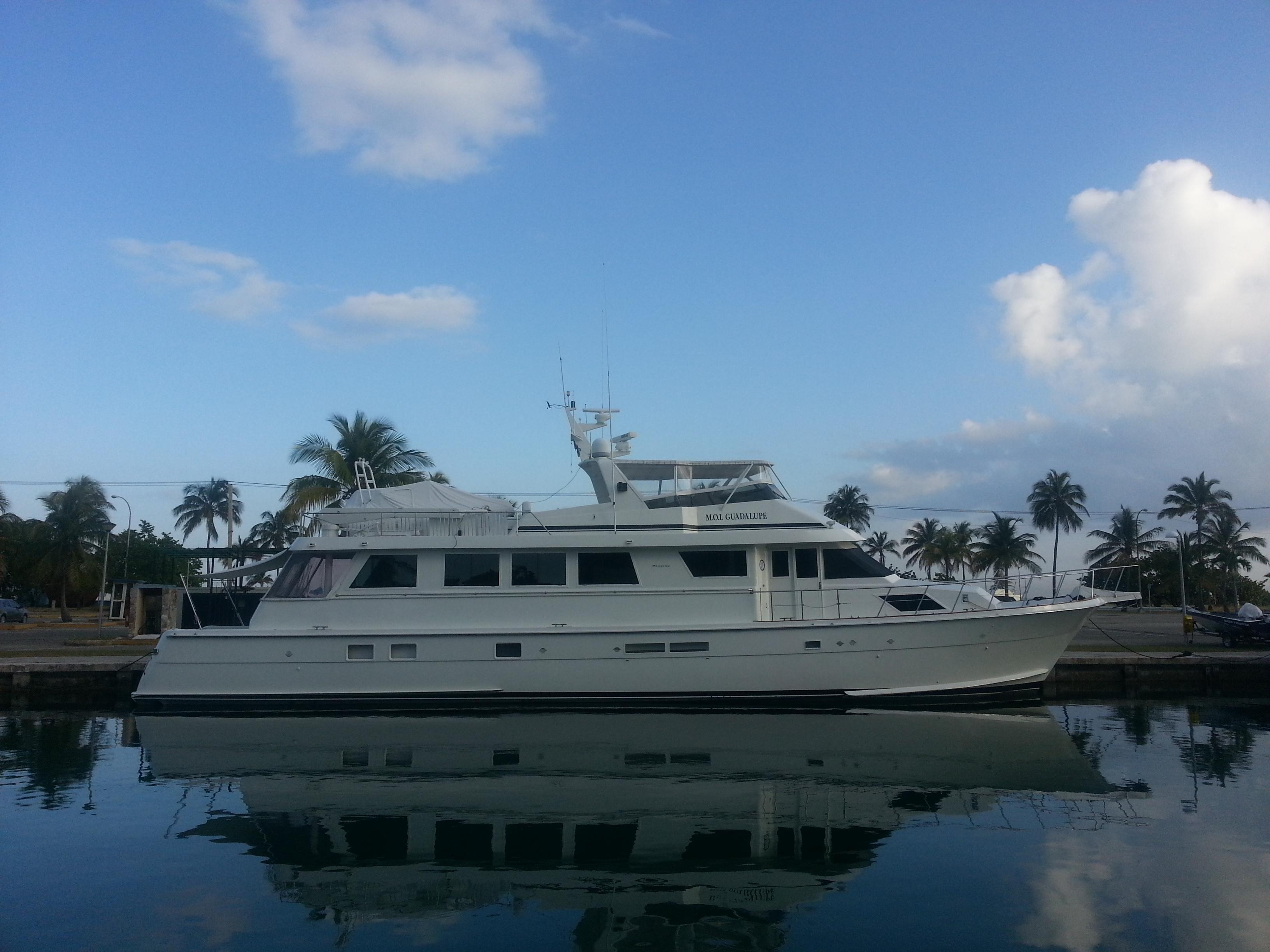 1989 hatteras 82 motor yacht power boat for sale www for 80 hatteras motor yacht