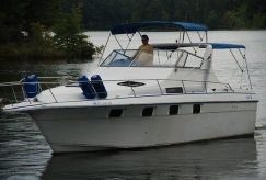 1986 Cruisers Yachts 33 Esprit