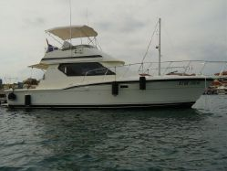 Photo of 38' Hatteras 38 Michi