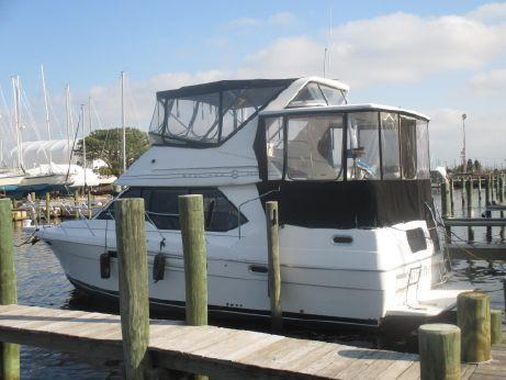 1996 Bayliner 3587 Motoryacht AFT CABIN