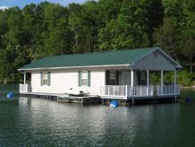 2008 Custom Built 20 x 37 Floating Cottage