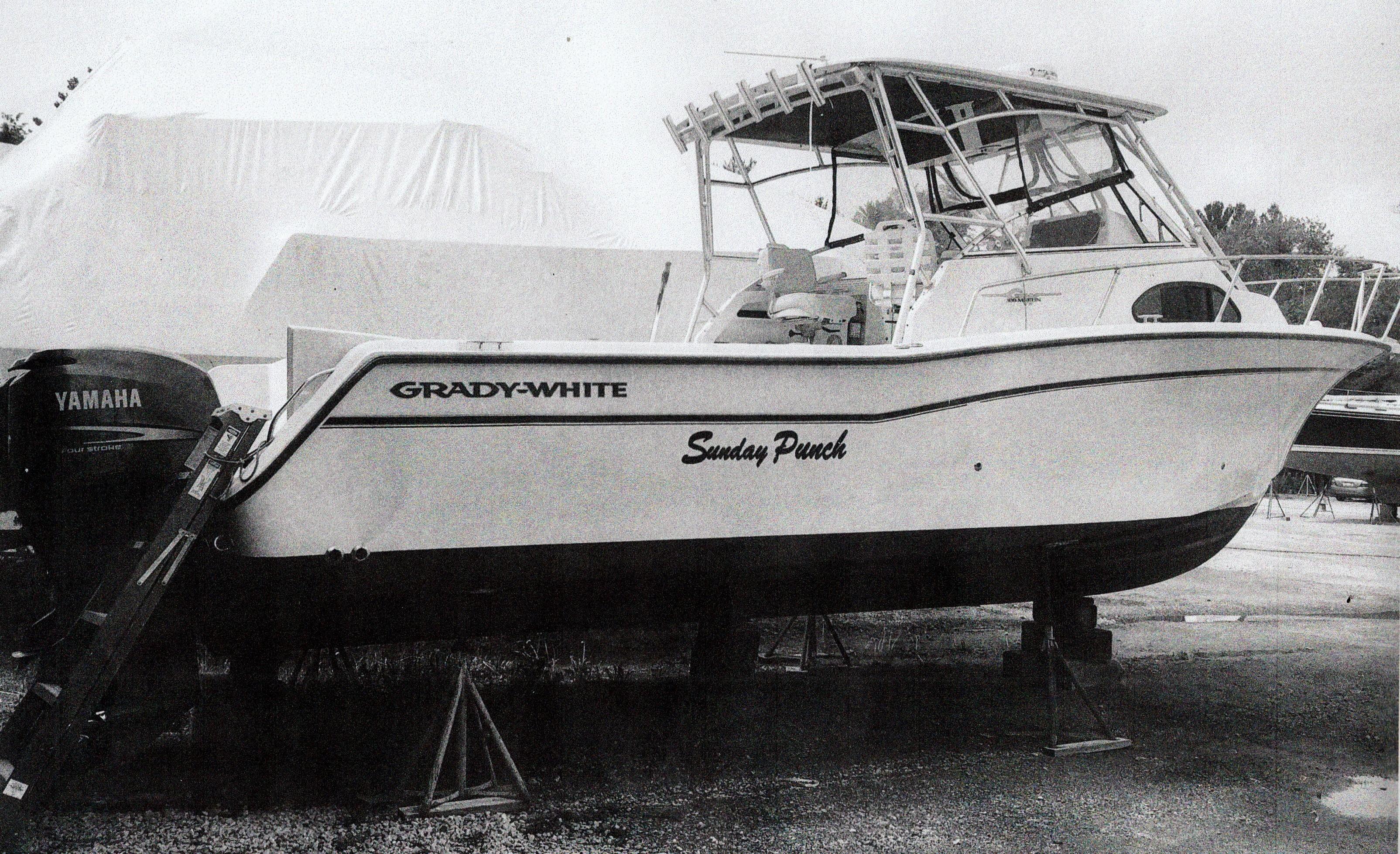2002 Grady-White 30 Marlin 300 Power Boat For Sale - www
