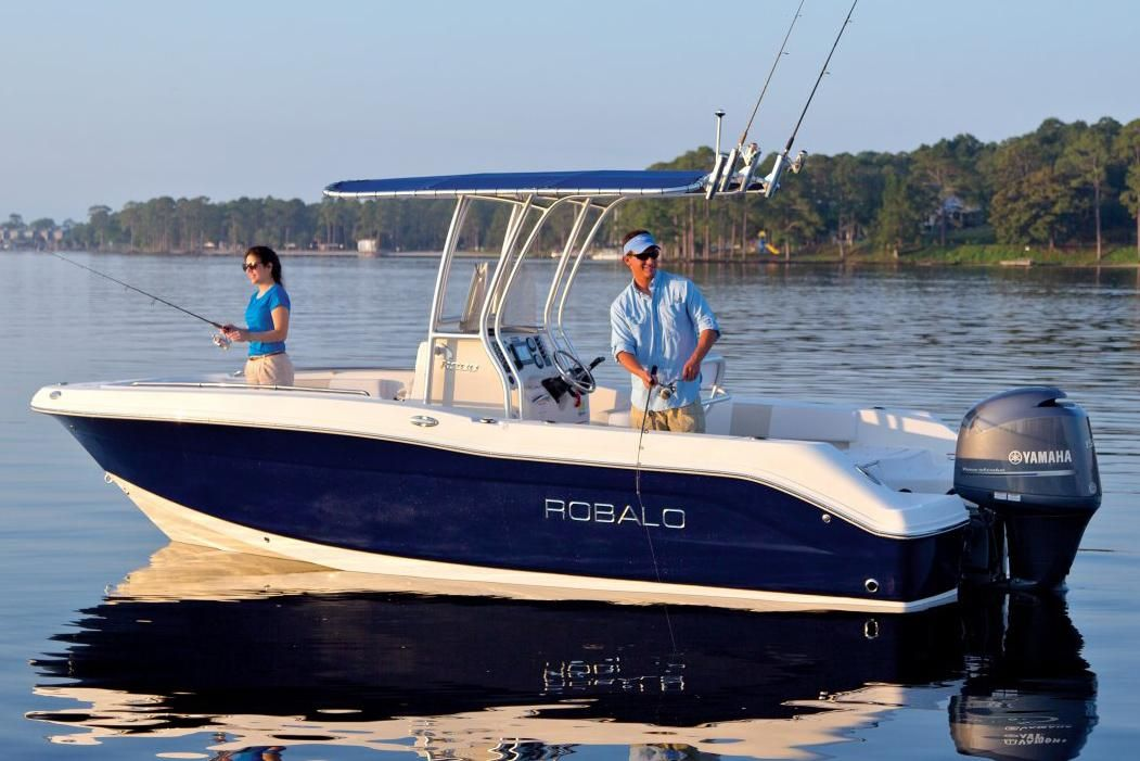 2018 robalo r200 center console power boat for sale www for Robalo fish in english