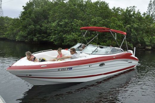 2013 Cruisers Sport Series 298 Bow Rider