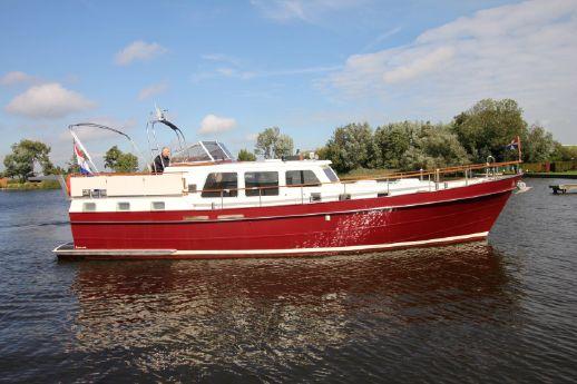 1982 Lowland Trawler 1370