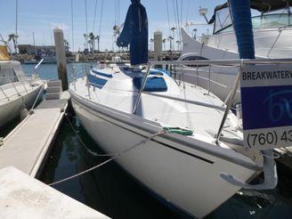 1989 Catalina Sloop With Oceanside Slip