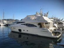 2005 Ferretti Yachts 681