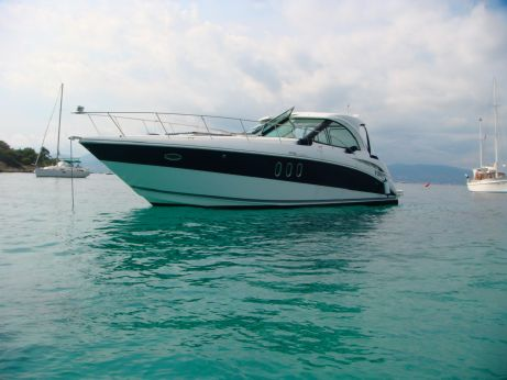 2009 Cruiser Yachts 390 coupe sport