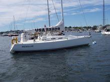 2004 J Boats J 109