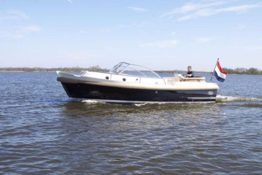 2011 Intercruiser 27 Cabin