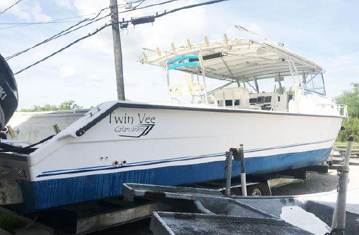 2006 Twin Vee Weekender