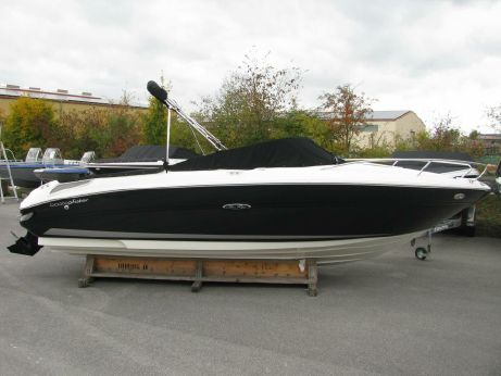 2014 Sea Ray 210 SSE