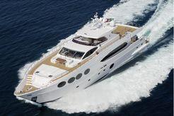2015 Majesty Yachts 105