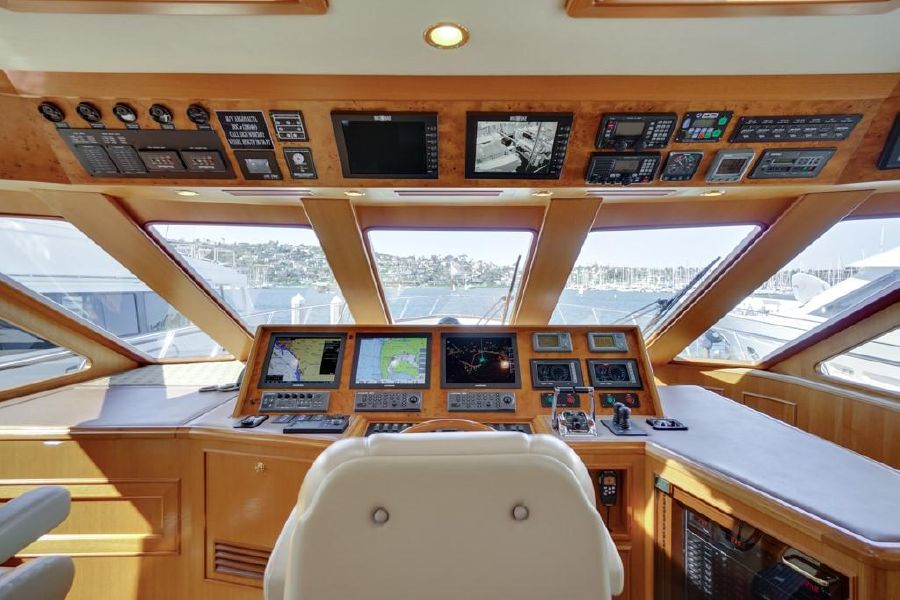Offshore Yachts 76 Helm Station