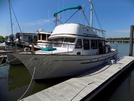 1981 Albin 36 Express Trawler