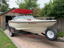 1995 Boston Whaler 170 Dauntless
