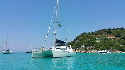 2003 Maxim Catamaran 37
