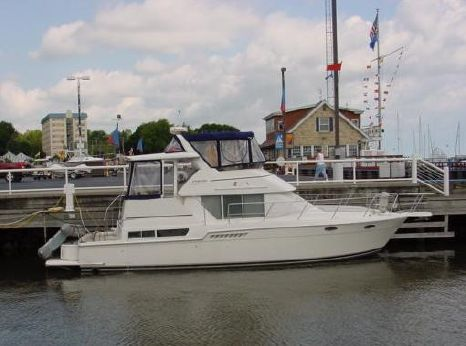 1997 Carver Yachts 400 Motor Yacht