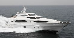 2015 Majesty Yachts 122
