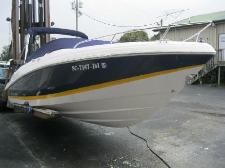 2013 Regal 2250 Cuddy