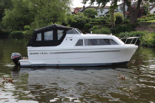 2016 Viking 215
