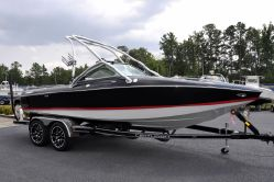 Photo of 22' Centurion Elite V C4