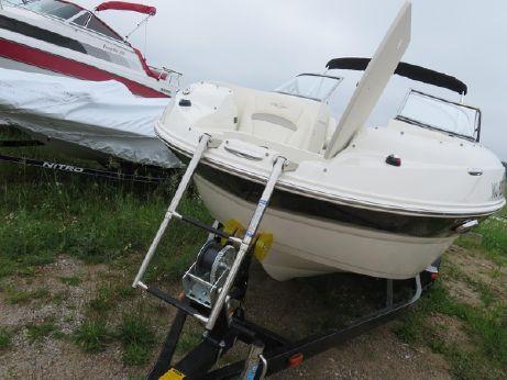 2012 Stingray 215 LR