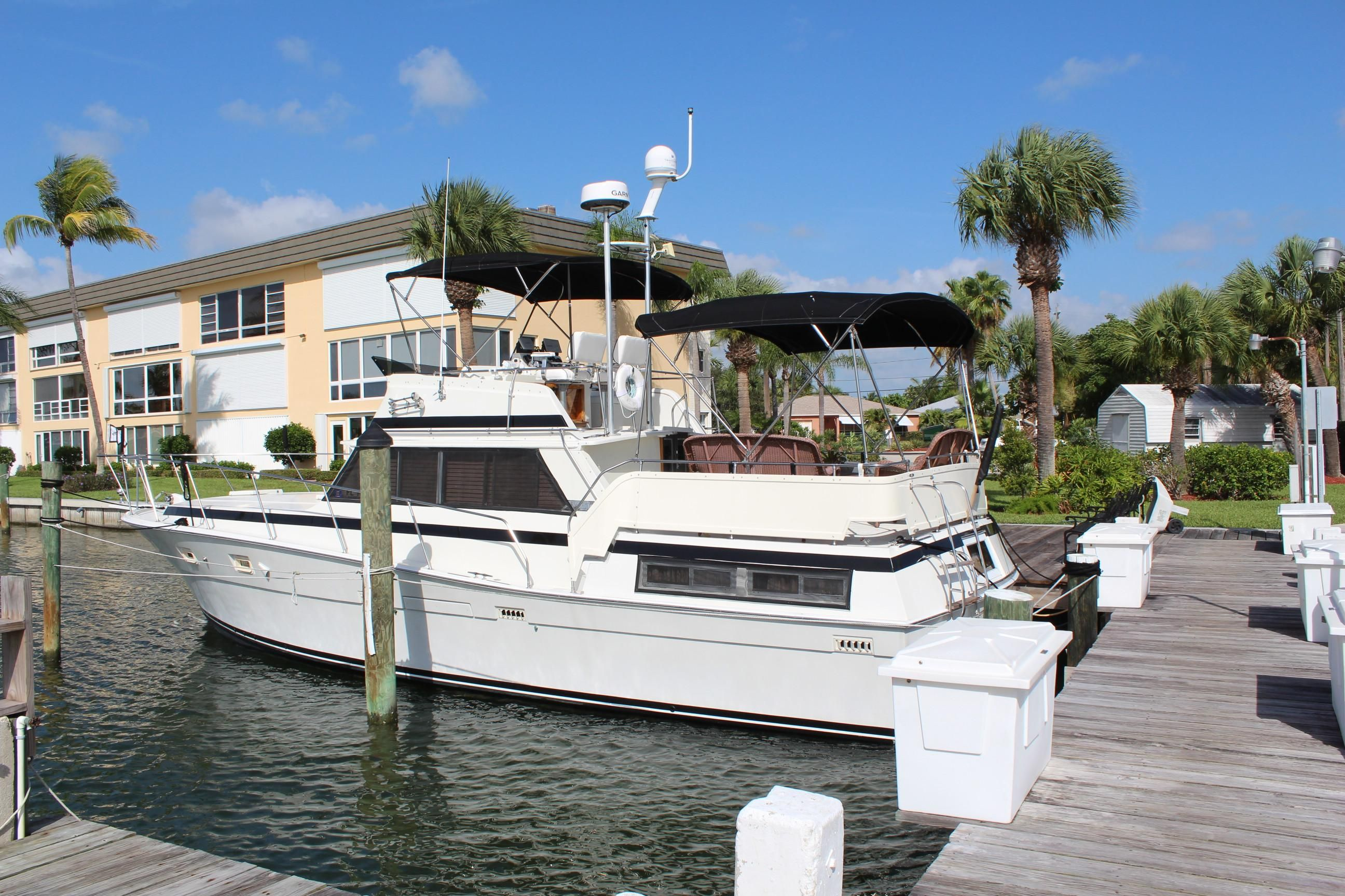 1979 viking 43 double cabin power new and used boats for sale for Viking 43 double cabin motor yacht