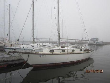 1983 Cape Dory 30