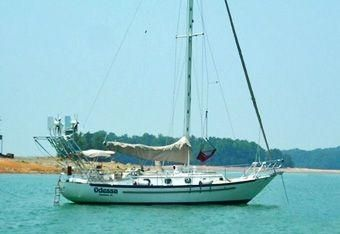 1988 Pacific Seacraft Crealock 37