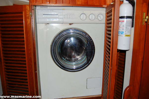 51' Hudson Force 50 (Mikelson 51) +Washer/Dryer