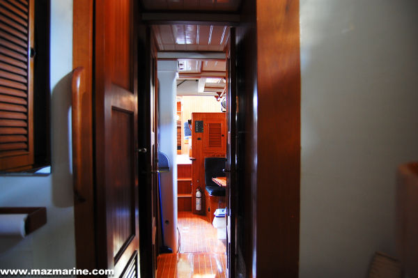 51' Hudson Force 50 (Mikelson 51) +Looking aft