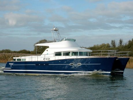 2002 Lagoon Power 43 Catamaran