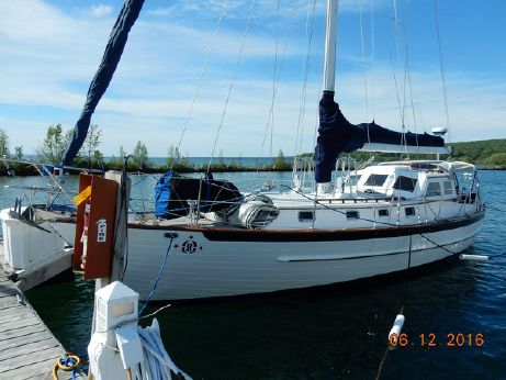 1999 Crealock 40 Pilothouse