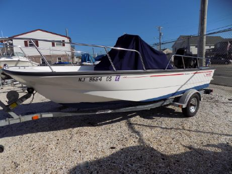 2003 Boston Whaler 170 Montauk