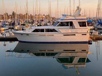 1982 Uniflite 46 Motor Yacht