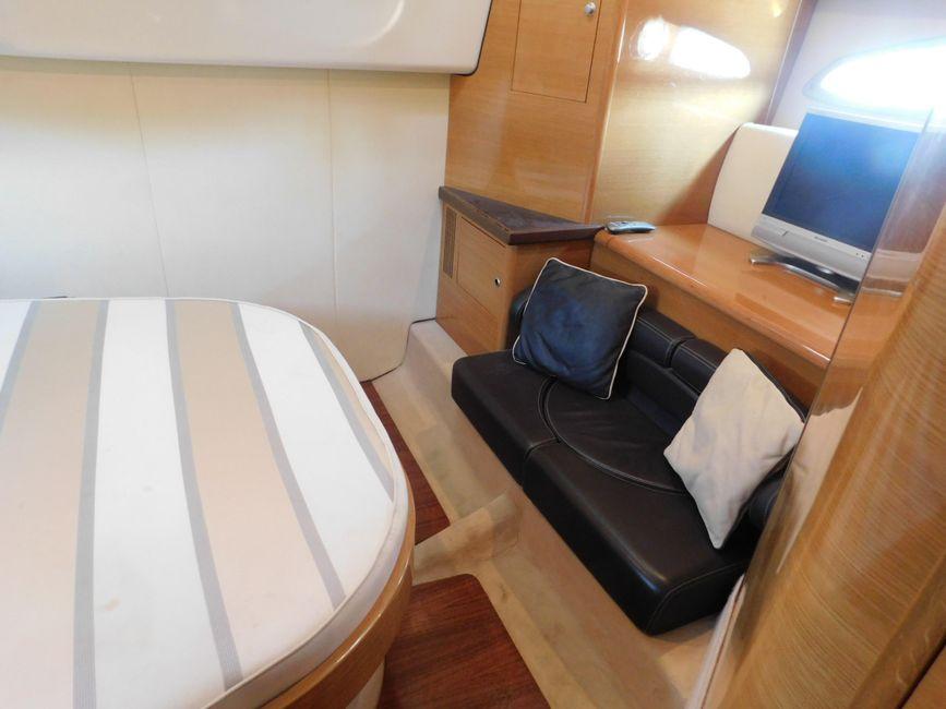 Cranchi 43HT Bedroom Sofa